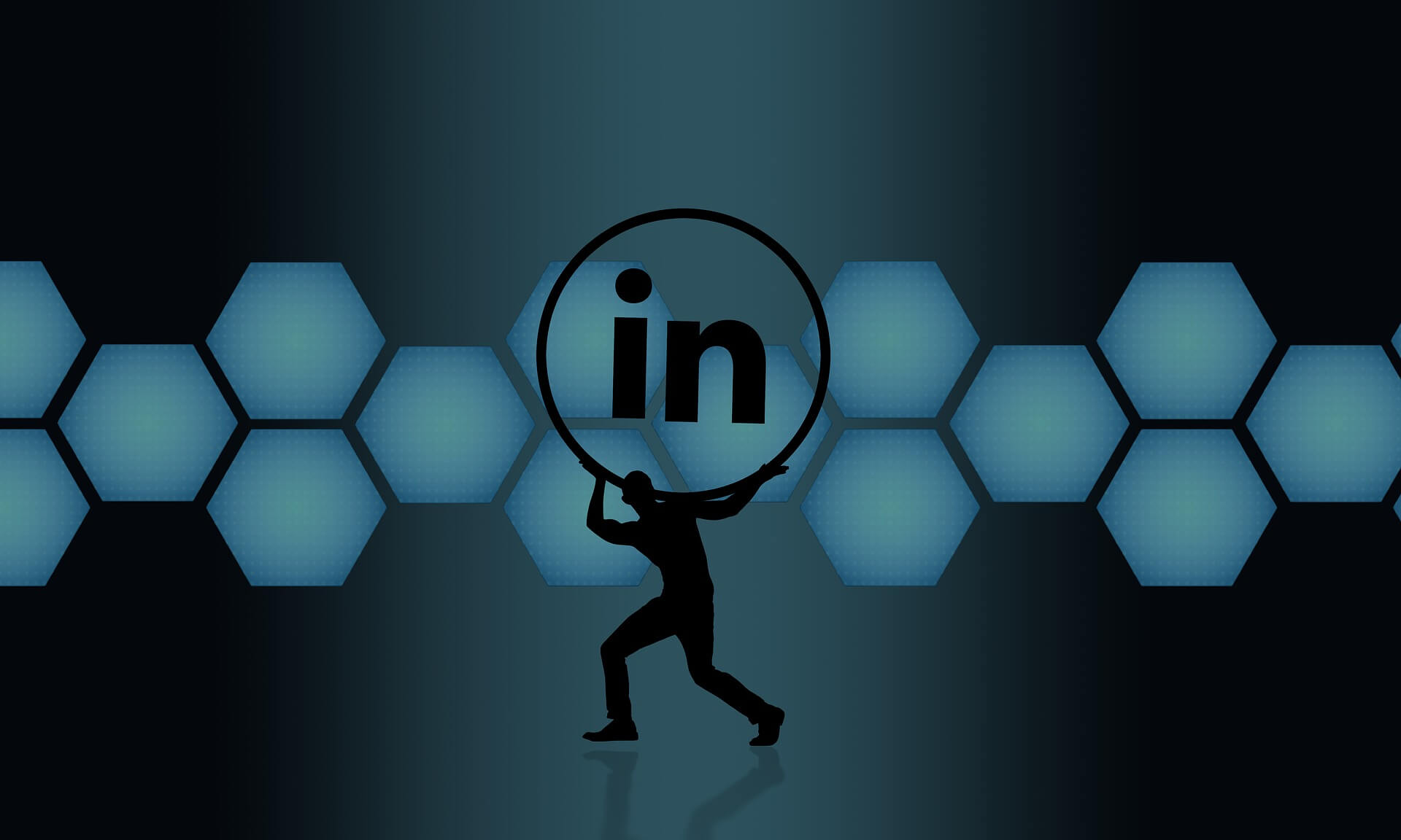 Are Manufacturers Failing to Use LinkedIn Effectively?