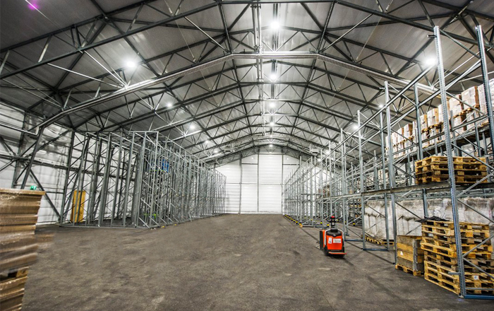 Online Shopping Growth Drives New Adaptable Warehouse Space Demand